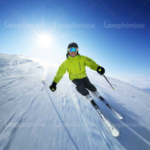 دانلود استوک ورزش اسکی تصویر اسکی باز