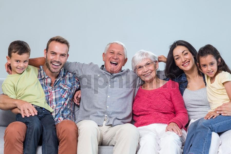 تصویر استوک دورهمی خانوادگی