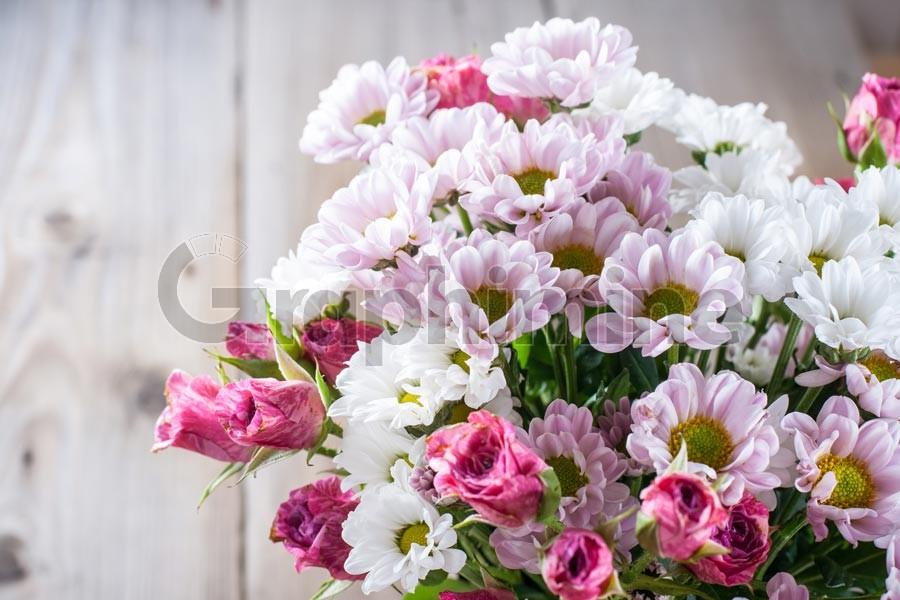 عکس استوک دسته گل زیبا