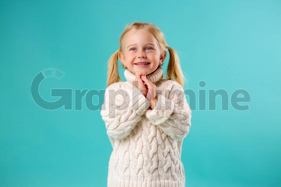تصویر استوک دختربچه زیبا
