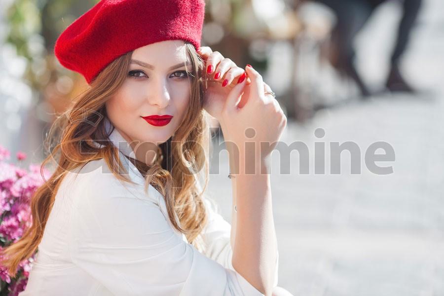 تصویر استوک مدل زن زیبا