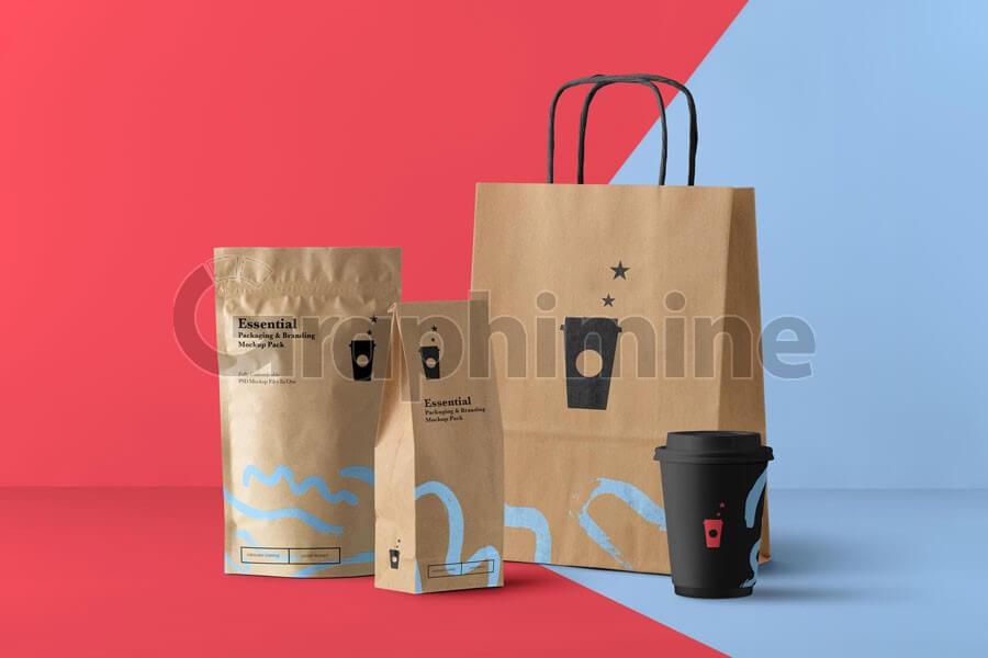 موکاپ ساک کاغذی بسته بندی لیوان قهوه کافی شاپ